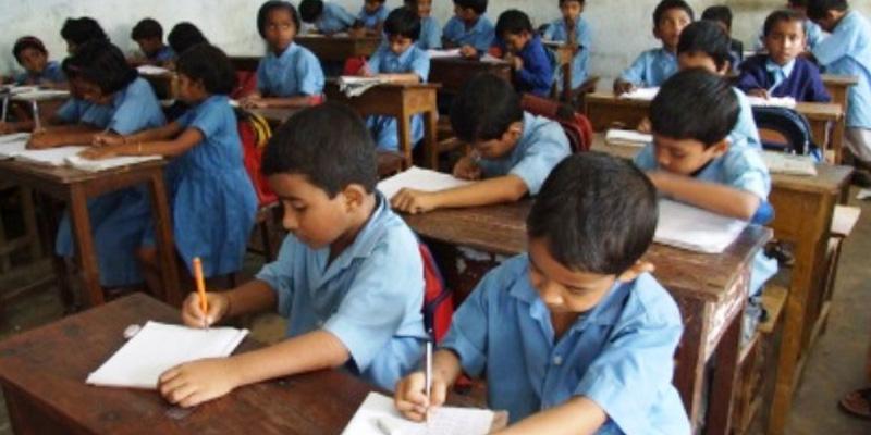 schools in sindh closing