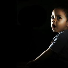 Sleepy .. by Henry Adam - Babies & Children Children Candids ( pwcflashes-dq )