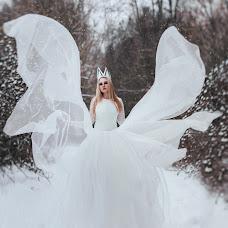 Wedding photographer Kristina Bachiina (Crisbachinina). Photo of 03.02.2015