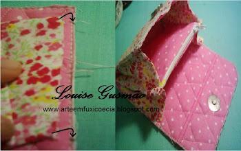 Photo: Abra as laterais, posicione-as por cima das marcações feitas anteriormente nos lados do metalassê e costure-as.
