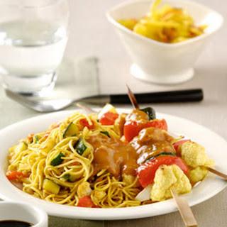 Bami Goreng met groentesaté en Satésaus Gado Gado