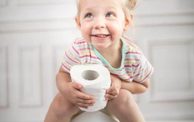 Bebeğinizin Tuvalet Eğitimine Hazır Olduğunu Nasıl Anlarsınız ?