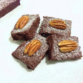 Sugar-free Chocolate Cherry Fudge Bars