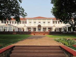 Photo: Victoria Falls -hotel yard