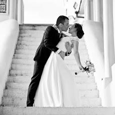 Wedding photographer Aleksandra Kharlamova (akharlamova). Photo of 17.12.2015