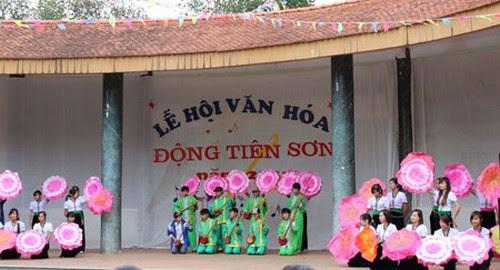 Lễ hội văn hóa Động Tiên Sơn Lai Châu năm 2013