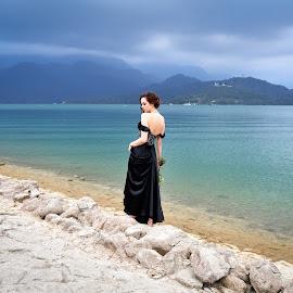 Bride(10) by 敬昕 涂 - Wedding Bride ( bride, dress, bridal, black, jana, wedding, lake, flower )