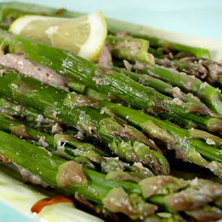 Asparagus with Roasted Garlic Sauce.