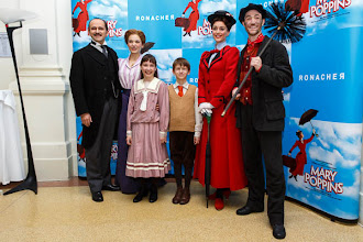 "Photo: MARY POPPINS. Premiere am 1.10.2014 im Wiener ""Ronacher"". Foto: DI.Dr. Andreas Haunold"