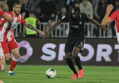 Hielp Charleroi een handje? Blauw-zwart haalt twee keer uit: 'Club Brugge troeft Anderlecht en Gent af voor dure spits, centrale verdediger doet medische testen'