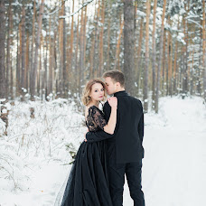 Wedding photographer Liya Shuvalova (LiaIdilia). Photo of 23.01.2018