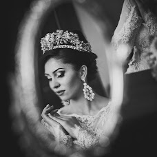 Wedding photographer Kamilla Savarec (Kamdes). Photo of 09.09.2014
