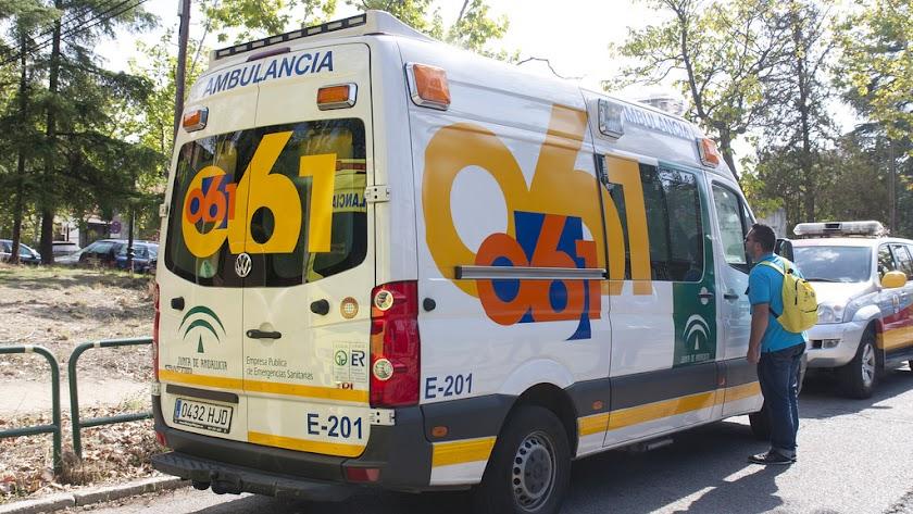Los servicios de emergencias del 061 se desplazaron al lugar.