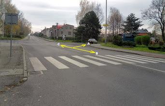 Photo: VRATIMOV - CENTRUM. ODBOČKA K ŽELEZNIČNÍMU PŘEJEZDU (A) - cyklotrasa č. 6064, směr Beskydy) (B) - cyklotrasa č. 6064, směr Šenov, Havířov, ev. silnice č. 477 (C) -  silnice č. 477, směr Řepiště - Ostrava