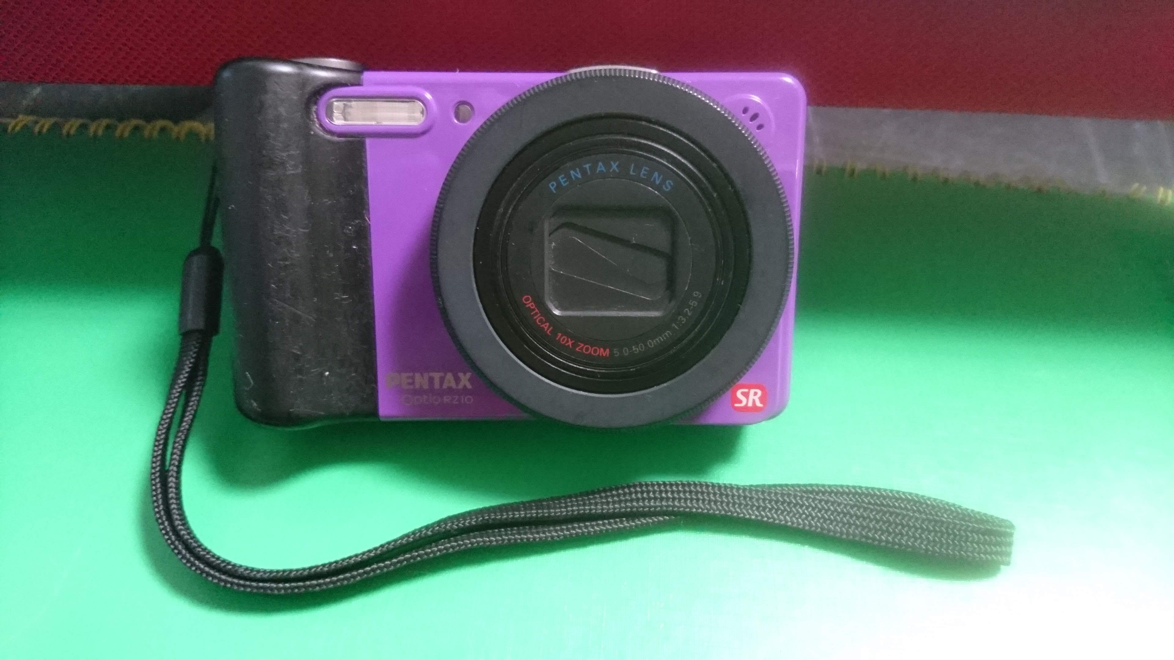 [本日のヤフオク成果] かわいい紫色したデジカメ「Optio RZ10」。
