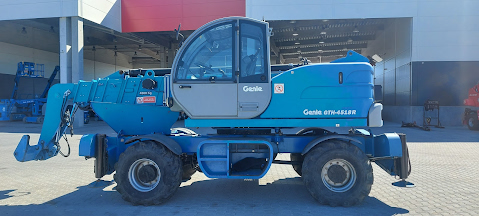 Picture of a GENIE GTH-4518ER