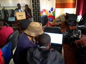 Photo: Student developers compete with each other in groups to develop the App that saves a user's last input and tell the user so