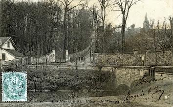Photo: 20. — Athis-Mons (S. et O.). - L'Orge et la Montagne d'Athis