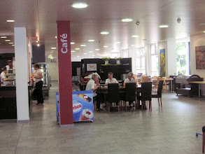 Photo: Grosszügige  Cafeteria
