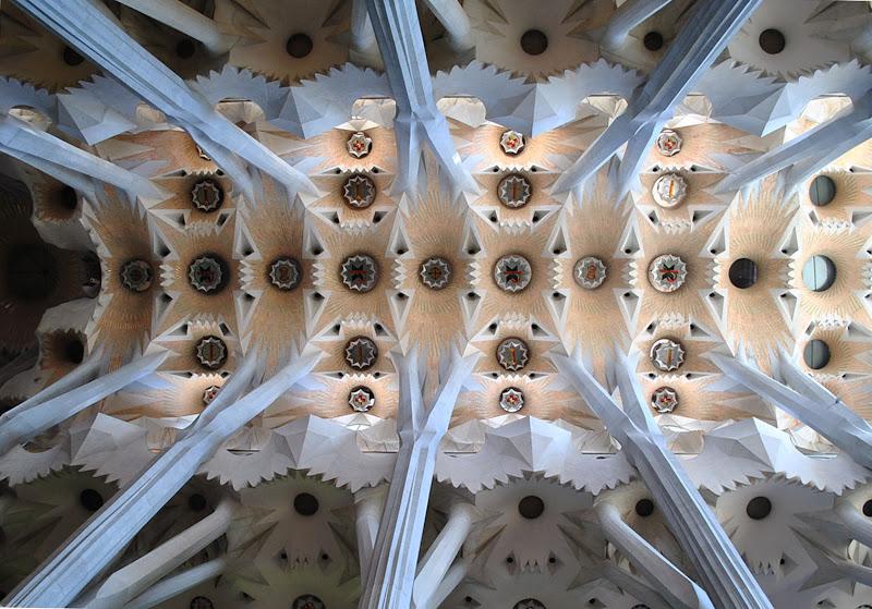 Sotto il cielo della Sagrada Família di rinorino51