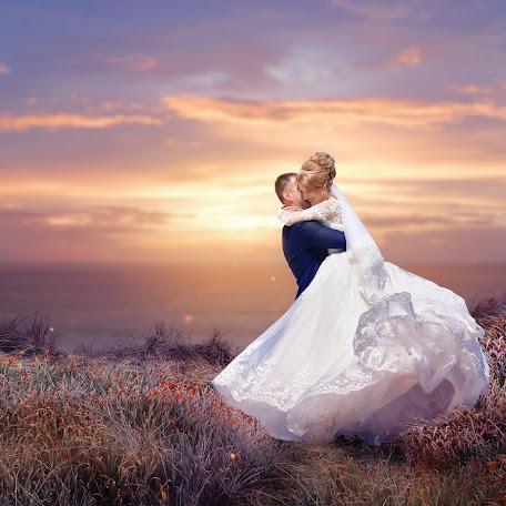 Wedding photographer Ekaterina Skorobogatova (mechtaniya). Photo of 17.11.2017