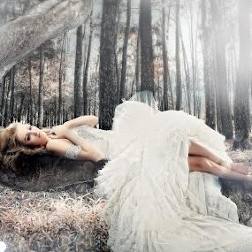 beauty forest by Yudi Leonardo - People Fashion