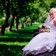 Wedding photographer Viktoriya Lutova (vika743). Photo of 06.12.2014