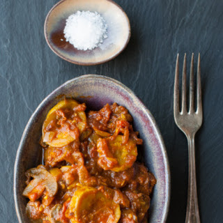 Turmeric Courgettes with Mushrooms and Tomatoes Recipe