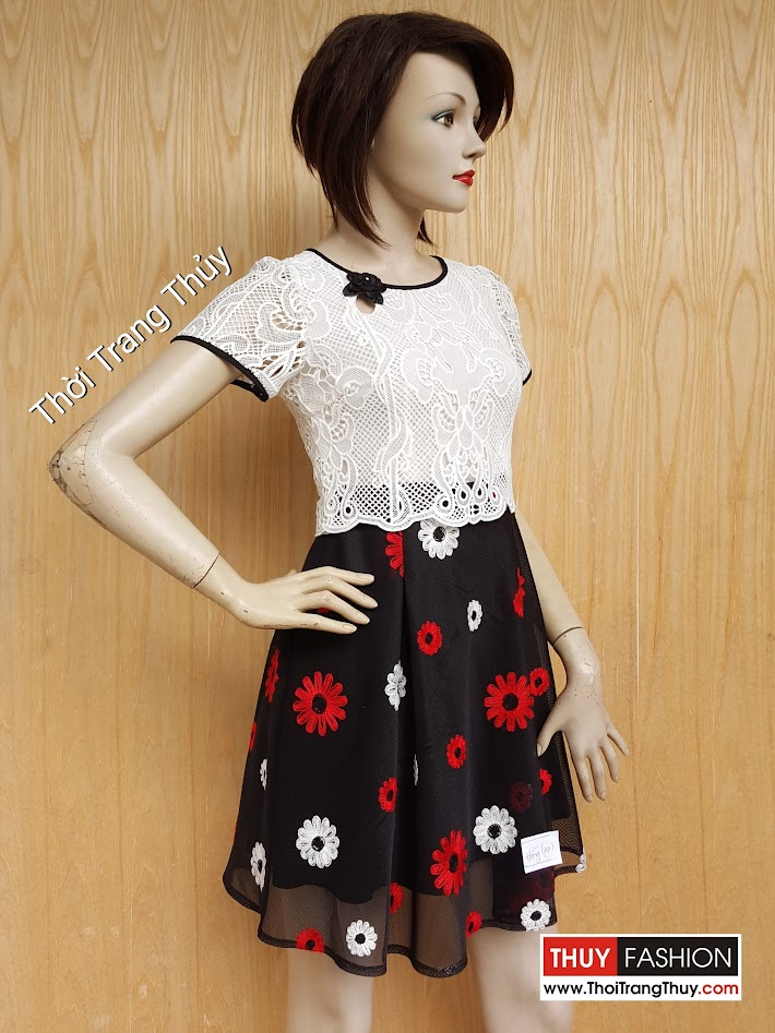 Váy ren dáng xòe phối trắng đen họa tiết hoa V457 Thời Trang Thủy