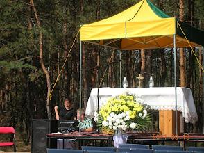Photo: Przygotowanie do uroczystości poświęcenia i odsłonięcia obrazu Błogosławionego Jana Pawła II