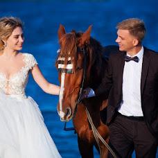 Wedding photographer Ekaterina Kamyanskaya (katekamyanskaya). Photo of 09.12.2018