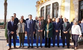 Agua y pesca en la visita de Moreno a Almería