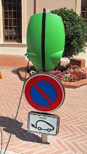 Photo: Puesto para cargar la batería de los coches eléctricos