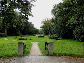 Photo: Park tegenover Lyndenstein.