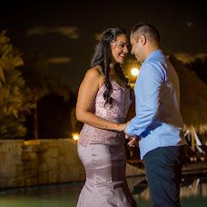 Wedding photographer Eduar Fonseca (EDUAR). Photo of 05.10.2018
