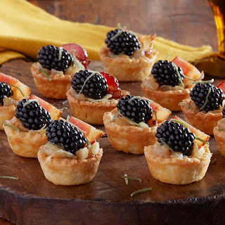 Blackberry and Bacon Caramelized Onion Tartlets Recipe