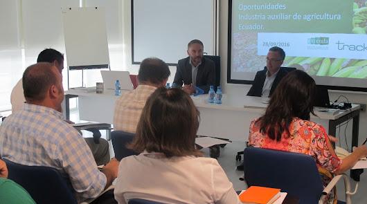 Extenda y Tecnova muestran a empresas de la industria auxiliar agrícola las oportunidades de negocio en Ecuador