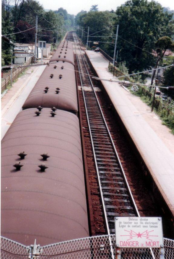 Photo: 77年7月陸橋の上からヴェルサイユ方面  『シベールの日曜日』 http://goo.gl/QY1gi