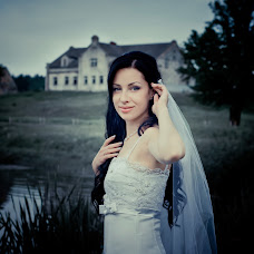 Wedding photographer Elena Naydenova (nanolena). Photo of 01.10.2014
