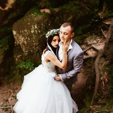 Wedding photographer Roksolyana Miron (lyanausyamyron). Photo of 28.09.2018