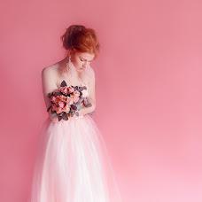Wedding photographer Oksana Khitrushko (olsana). Photo of 13.05.2018