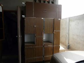 Photo: armoires, lits, tout partira rapidement dans différentes structures médicales