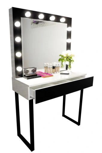 Столик с зеркалом и подсветкой