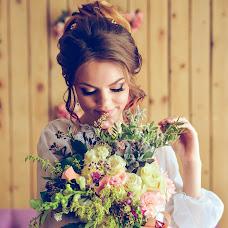 Wedding photographer Olesya Vladimirova (Olesia). Photo of 16.08.2018