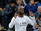 Christian Benteke schonk Crystal Palace een 0-2-zege op het veld van Leicester City