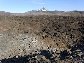 Photo: Mt. Washington beyond the lava field