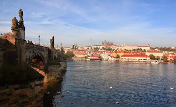 Photo: Praha - pohled na Pražský hrad a Karlův most 18.října 2014 http://annastehlikova.rajce.idnes.cz/Barevna_podzimni_Praha/#Praha_podzim_2014.jpg  http://www.turistika.cz/cestopisy/112-praha-prazsky-hrad-katedrala-sv-vita-vysehrad-karluv-most-staromestske-namesti