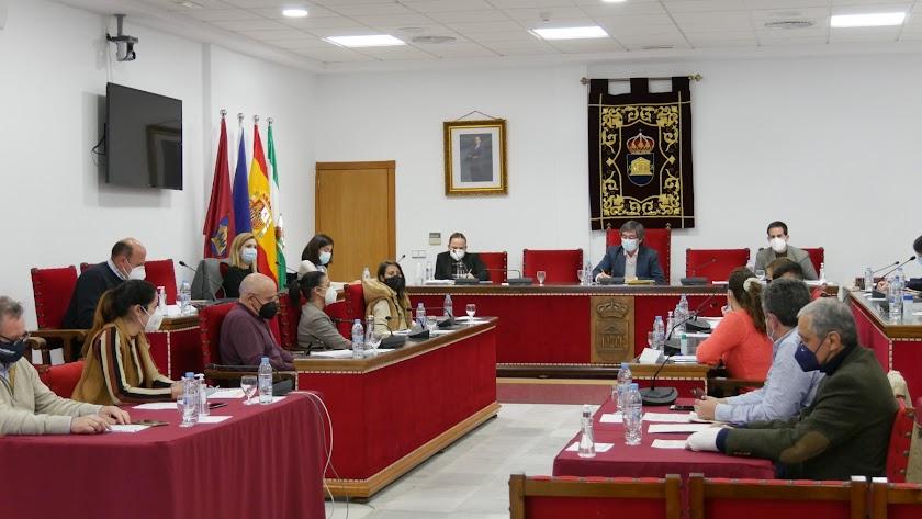 Desarrollo de una sesión plenaria en Adra.