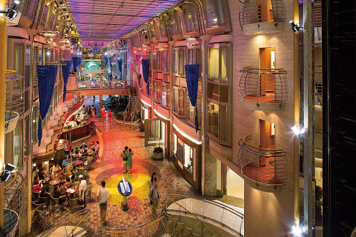 mariner-of-seas-royal-promenade.jpg - You'll love the Royal Promenade, a colorful hub of entertainment, dining and shopping on Mariner of the Seas.
