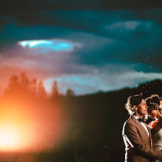 Wedding photographer Valery Garnica (focusmilebodas2). Photo of 27.03.2018